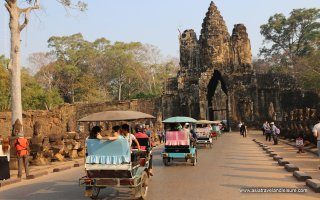 Tuk tuks in Seam Reap