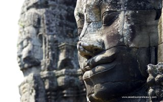Big faces at Bayon temple ( Angkor Wat )