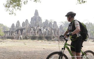 Biking in Angkor Wat ( Siem Reap )