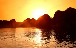 Luxury Siem Reap & North Vietnam - 8 Days