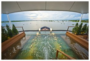 Aqua Mekong: Expedition Cruise
